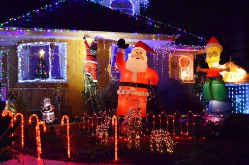 ivanhoe christmas lights santa