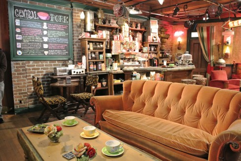 on the set of Friends at warner bros studio