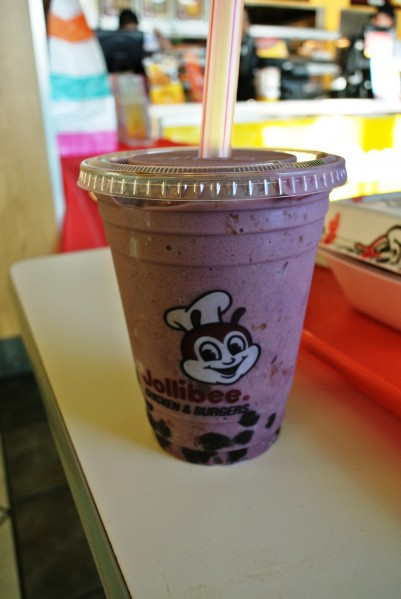 Taro Shake with Pearl at Jollibee