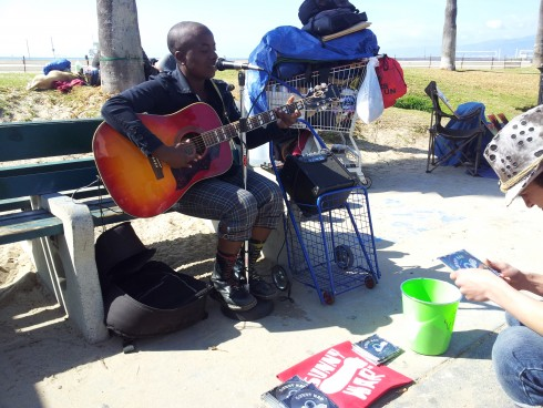 people watching and music at venice beach