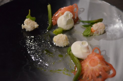 Crab, tomato and dollops of wasabi vue de monde