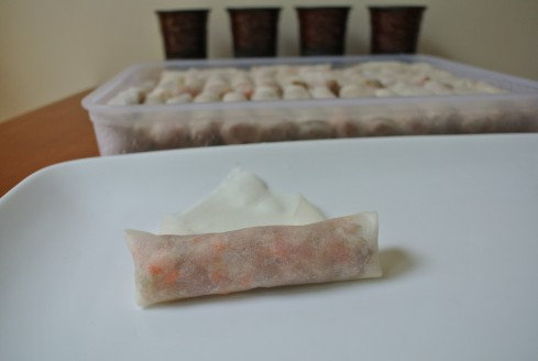 how to roll a filipino spring roll step by step