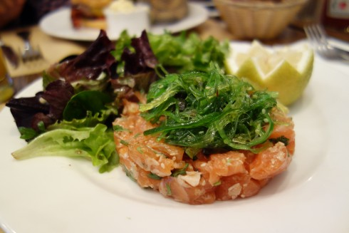 salmon tartare at lou lou