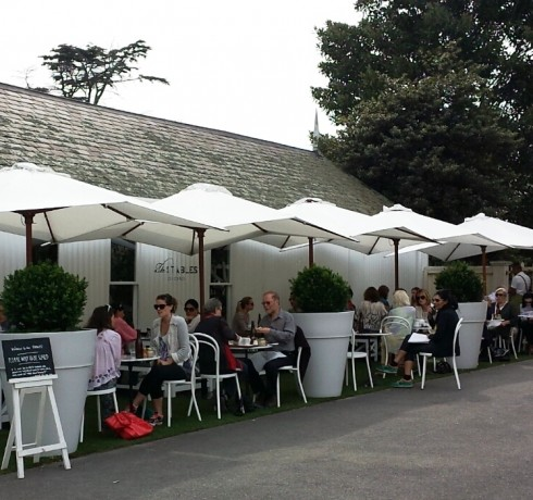alfresco at the stables of como