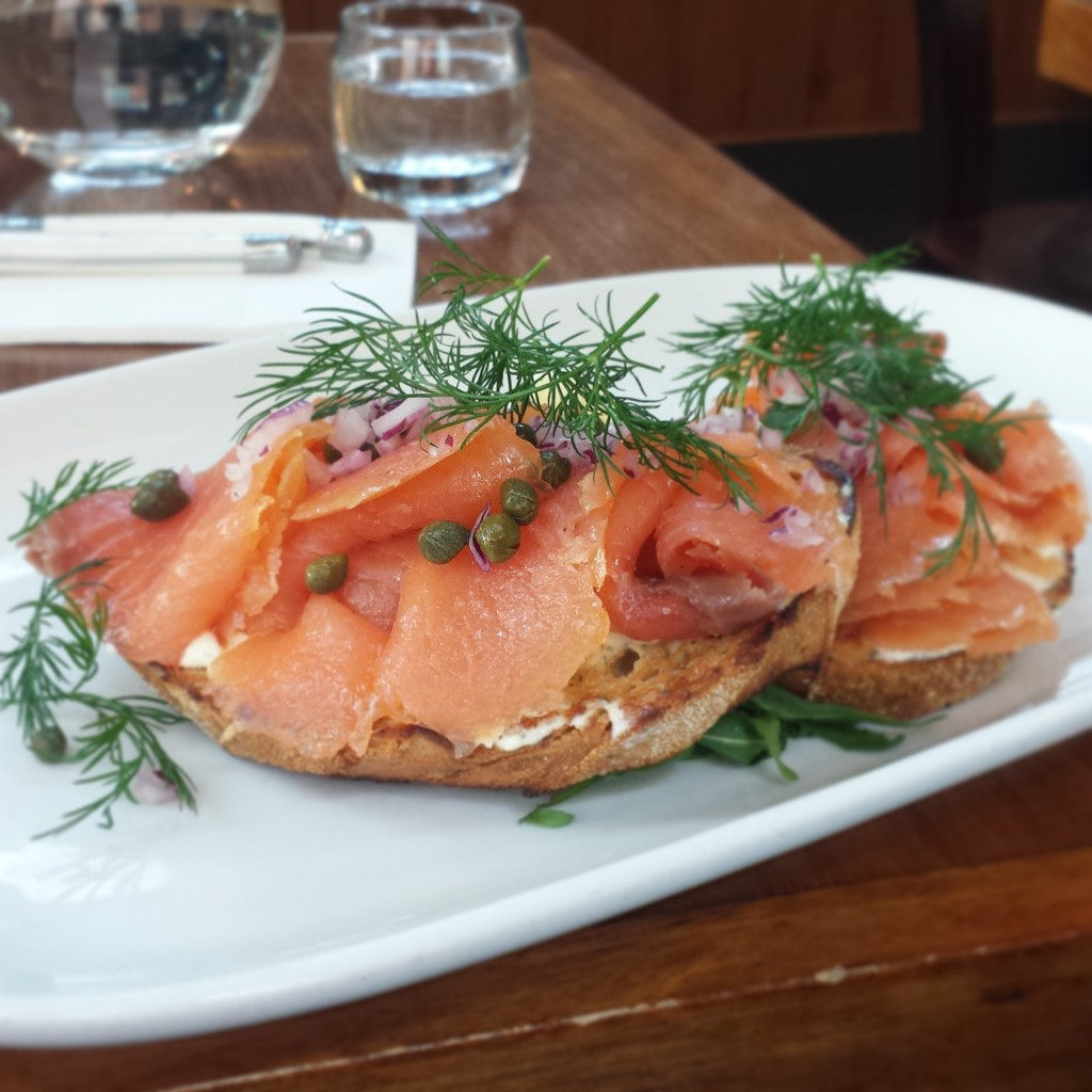 smoked salmon brunch between us cafe